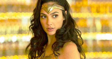 Gal Gadot Is Back in Costume in Wonder Woman 1984 Photo