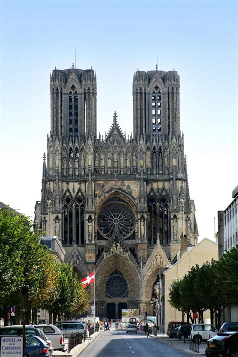 Cathedral of Notre-Dame in Reims   Official website for