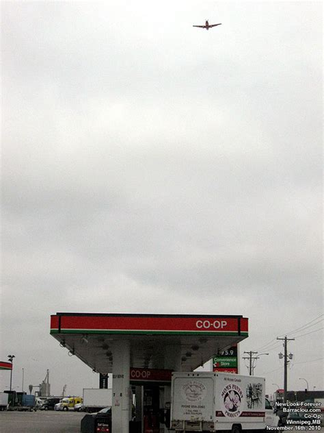 Garages, gas stations and pumps - Barraclou