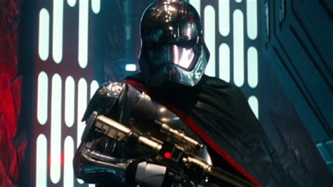 Stories behind minor characters in The Force Awakens