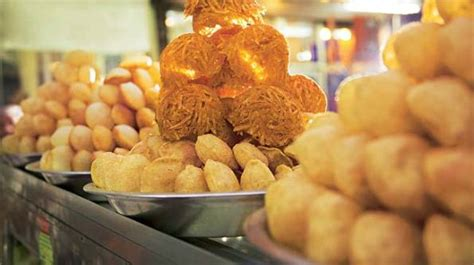 Street Food of Lucknow: Tunday Kebab and other TOP food