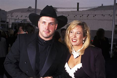 Garth Brooks' Ex-Wife Speaks Out in New Documentary