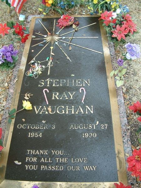 Stevie Ray Vaughan Killed in helicopter crash